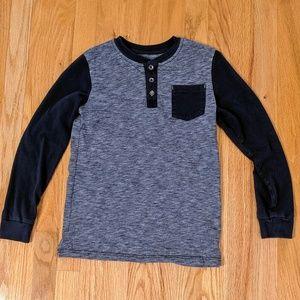 Boys Long Sleeve T Shirt. Size Medium